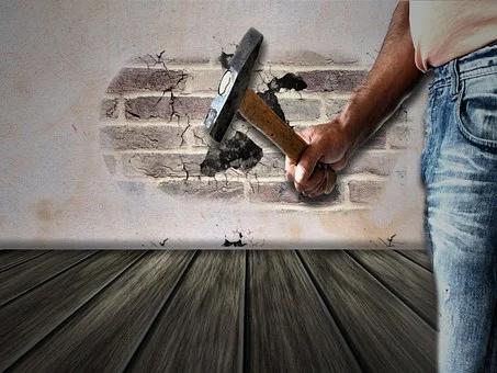 Engager une entreprise de rénovation : la garantie des travaux satisfaisants